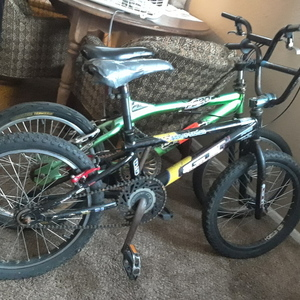 2001 GT Bicycles Power Series 0.5