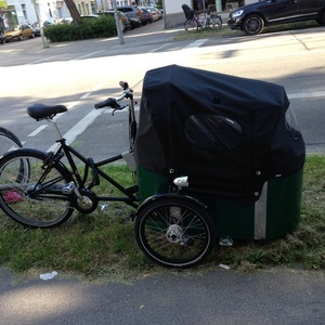 2016 Nihola cargo tricycle (front storage)