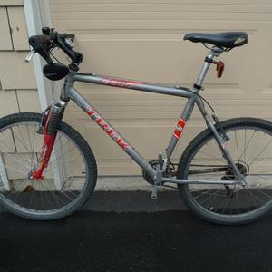 17980846bbe Trek 6000(silver, gray or bare metal) | Seattle Bike Blog