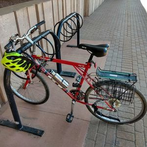 2001 GT Bicycles Red