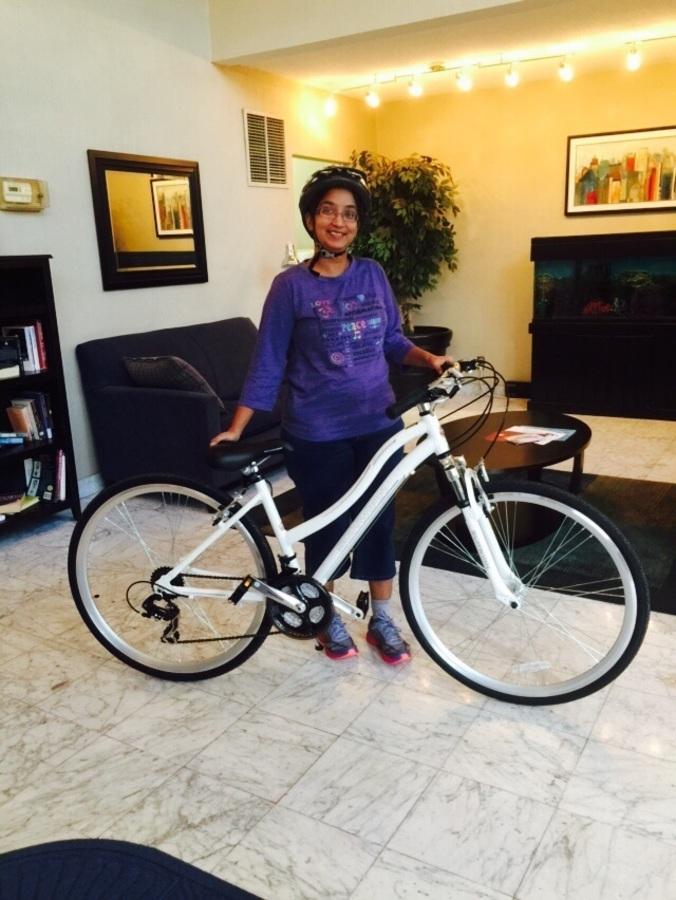 Stolen 2015 Schwinn Women's Trailway Hybrid