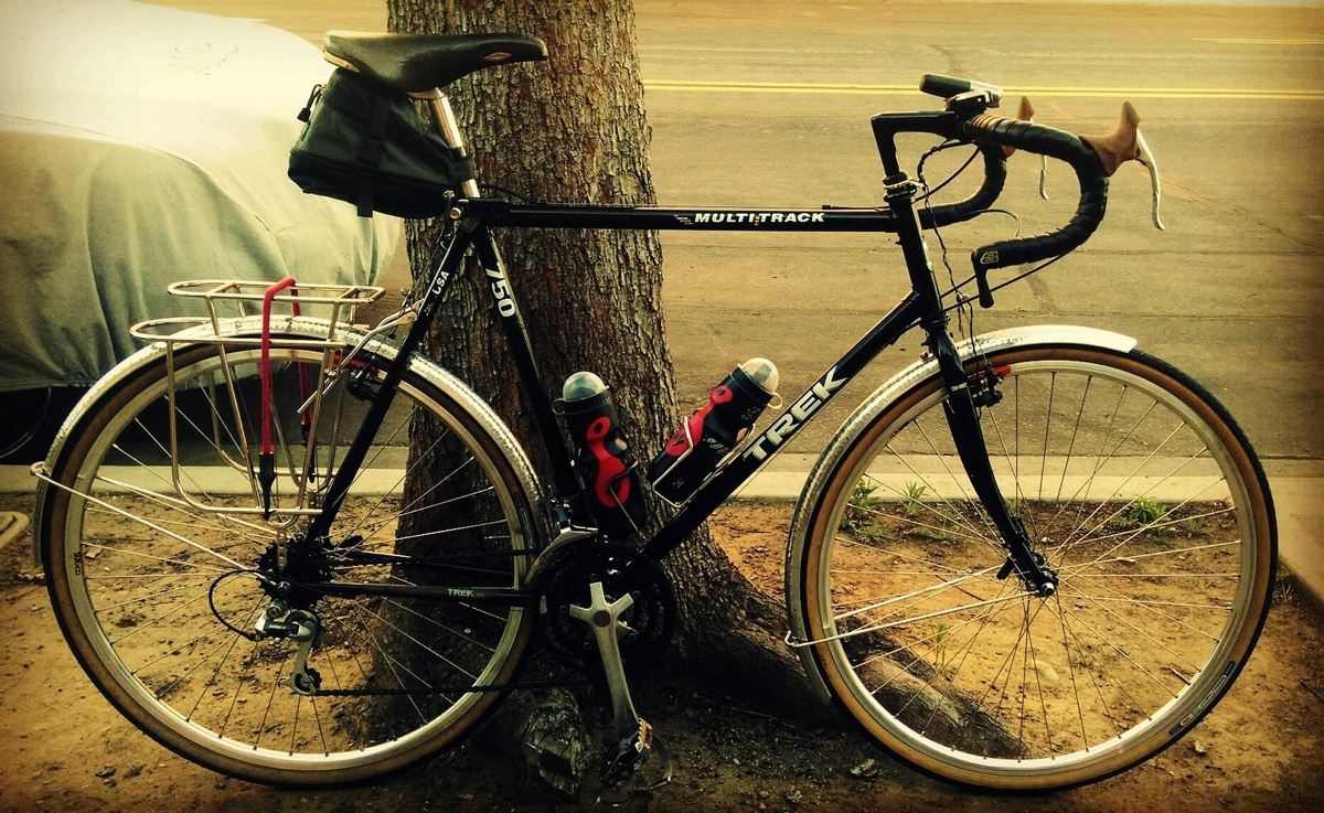 stolen trek touring bike