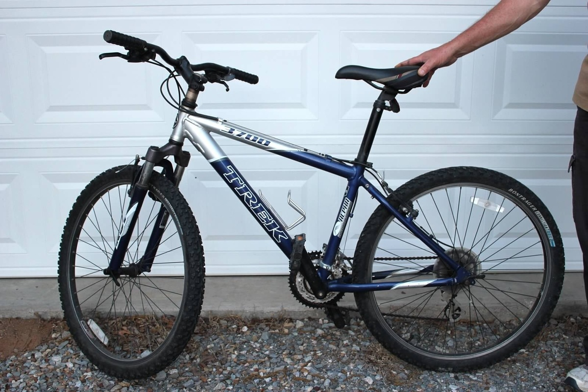 stolen 2006 trek 3700 rh bikeindex org Trek 7300 2009 Trek 3700