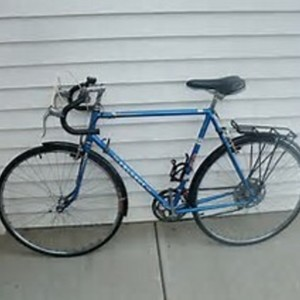 1986 Peugeot 10 speed with sliver rack for panniers